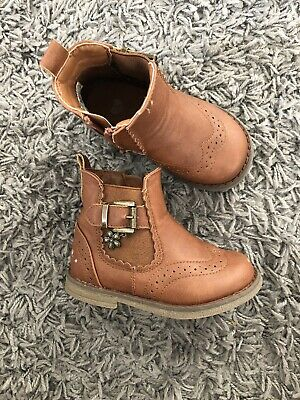 Matalan Tan Brown Girls Boots With Zips Size 5