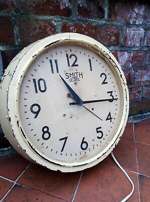 Vintage  metal smiths sectric wall clock