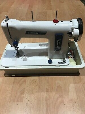 Sigma Deluxe 110 Vintage Sewing Machine