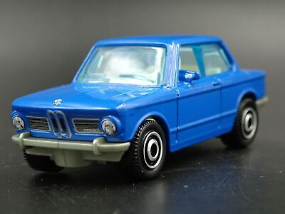 1966-1977 Bmw 2002 Rare 1:64 Scale Limited Collectible Diorama Diecast Model Car