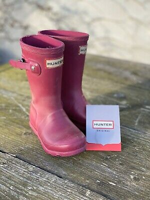 Childs Size 8 Pink Hunter Wellington Boots