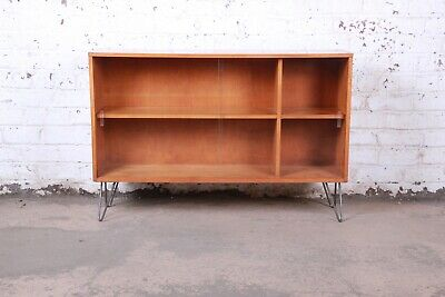 Paul McCobb Planner Group Mid-Century Modern Glass Front Bookcase Hairpin Legs