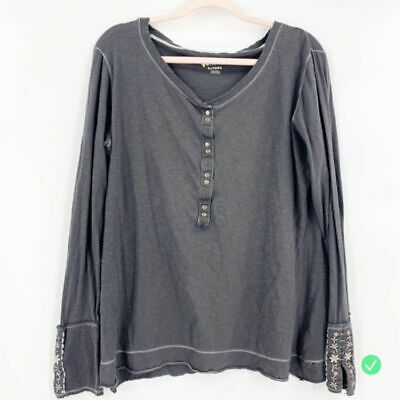 Natural Reflections Gray Long Sleeve Floral Embroidered XL Women's Shirt Top