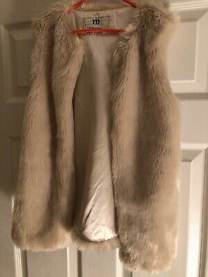 Girls Faux Fur Gillet Age 9-10 Years