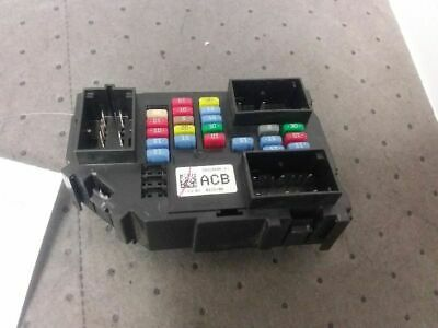 In Dash Fuse Junction Box Fits 2012 Avalanche 20828606