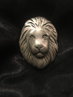 Lion Head /LION FACE Pin Brooch VINTAGE FIND. Pewter only Near MINT CONDITION
