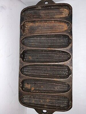 Antique Cast Iron Corn Bread Sticks Pan Mold Made In USA Size B  7~molds