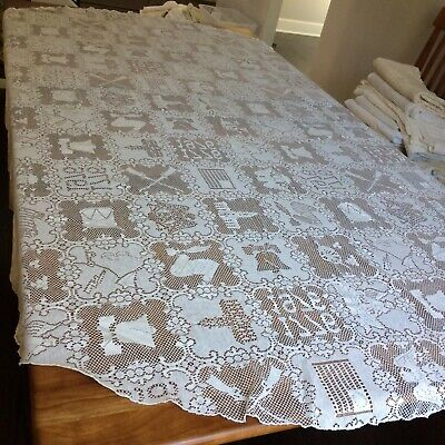 """Vtg net lace tablecloth figural Bicentennial SHABBY CHIC historic 79x61""""oval"""