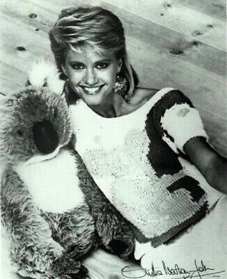 Olivia Newton John - Great Shot Of Olivia With A Koala !!!