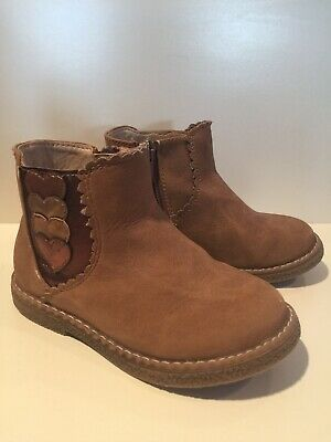 Girls Infant Tan Boots. Size 7 / 24. Worn Once.