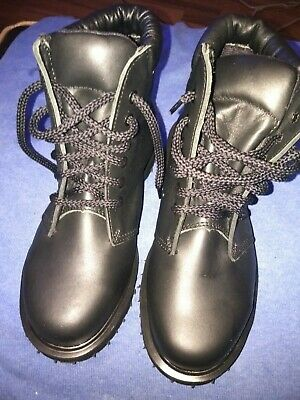 Brand New Dr Martin Unisex Work Boots Or Not Black Size 3.5 Boys Girls Or Womens