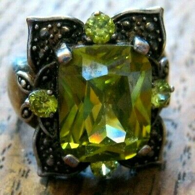 Peridot gem Sterling ring Large stone apx size 9 Free Ship