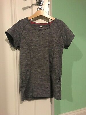Girls H&M Short Sleeved Sports Top Age 10-12 Years