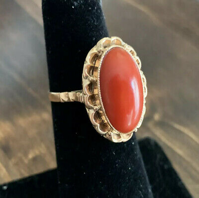 Vintage 14K Yellow Gold Coral Solitaire Ring Size 5 Beautiful