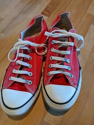 Red converse size 8/41.5
