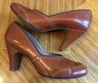 1940's WWII Era Red Cross Shoes Pumps Rust Brown Sz 7.5 or 8
