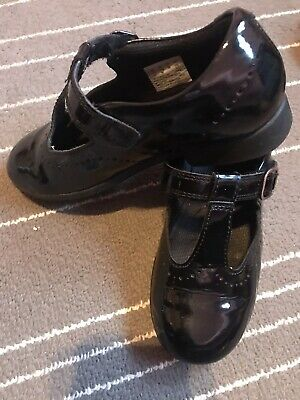 Girls Clark Shoes Size 11