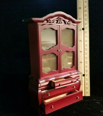 """Dollhouse Miniature Doll Stand White for 3.5 to 6/"""" dolls 1:12 F9 Dollys Gallery"""