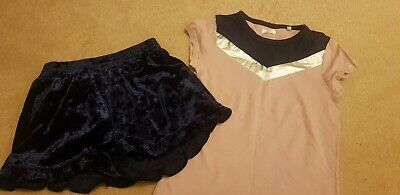 Girls sunning outfit Next age 7-8 years crushed velvet shorts & tshirt gorgeous