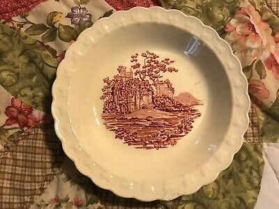 """Taylor, Smith & Taylor English Abbey Red Soup/Cereal Bowl 7 3/4"""" Wide LOt#0200WV"""