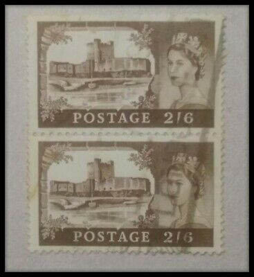 Gb 2/6d qe 2nd se tenant used postage stamps as shown.