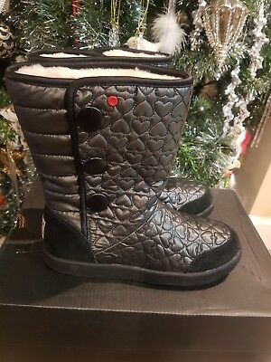 Ugg girls boots,Brand new,authentic, size 5,black