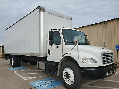 2014 Freightliner M2 106  Cummins Diesel Box Truck With Lift Gate!
