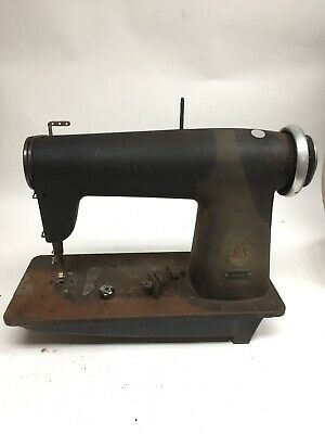 Vintage Singer Industrial Sewing Machine Model 400 W1 Serial Number W956211