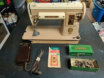 1950s Vintage Singer Sewing machine 301A w/ foot pedal No Power Cord