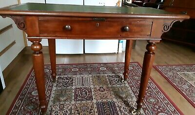 Arts And Crafts Style Desk/Hall Table