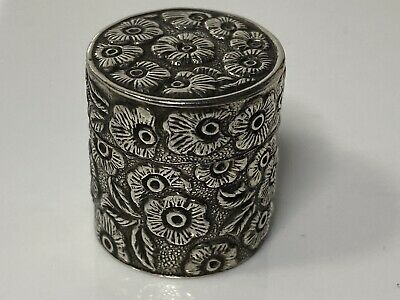 Vintage Hallmarked Sterling Silver Hinged  Pill Box With Stunning Detail 13.6g