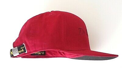 Dr. Martens UNISEX LOGO BASEBALL CAP, RED CHERRY COTTON