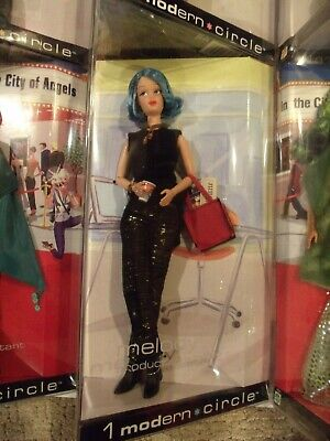 Barbie MELODY Production Assistant 1 Modern Circle Blue Hair 2003