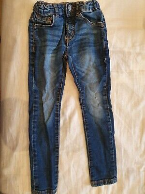 ZARA Boys Skinny Jeans - Size 6 years - Small hole on one side