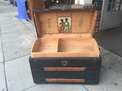 Antique Steamer Trunk with Chromolithograph and tray