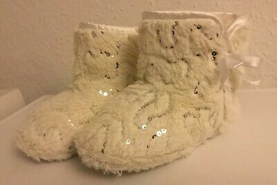 Girls White Fluffy Slipper Boots With Silver Sequins & Bows Size 12/13 VGC