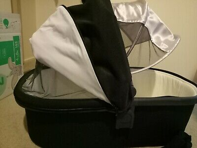 UPPAbaby Bassinet 2019 edition - black, great condition
