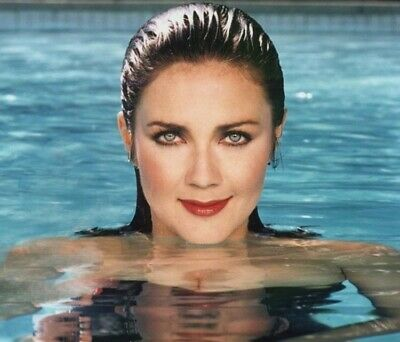Lynda Carter - Awesome Wet Headshot In The Pool !!