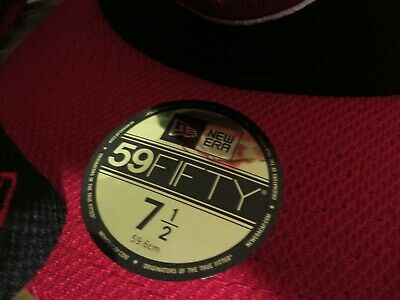 Vancouver Canadians New Era Authentic 59FIFTY Fitted Hat -Black/Red - New
