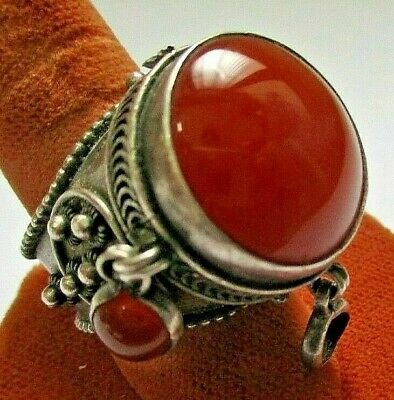 YEMENITE  WEDDING RING SILVER  with FILIGREE WORK and CARNELIAN STONES MAN'S OLD