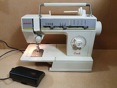 Vintage Singer Excelle Electric Sewing Machine
