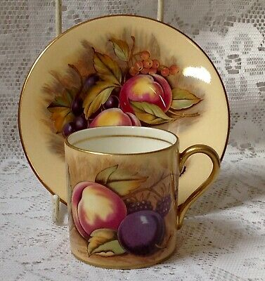 Aynsley Orchard Gold Fruit, Coffee Can & Saucer Signed N Brunt & D Jones ##