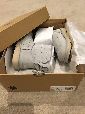 Girls Uggs * BN Boxed * UK 13 * Grey Bailey Bow Starry * RRP £135 *