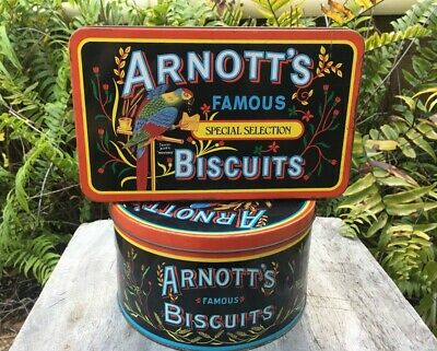 Arnott's Parrot Special Selection 450g & Nostalgia Biscuit 900g assortment tins