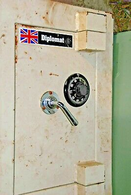 SAFE ,COMBINATION SAFE  by DIPLOMAT
