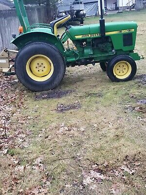PO john deere 850 4x4 tractor with loader 6 ft belly mower has 1304 hrs
