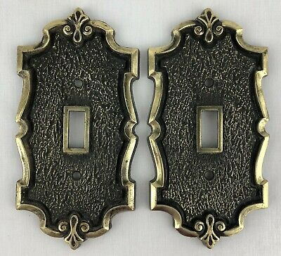 SA Metal Light Switch Outlet Switch Cover Ornate Single Brass Finish Set 2 Vtg