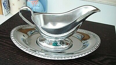 Irvinware USA Silverplate Gravy Sauce Boat With Under Plate Vintage