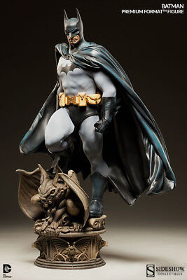 BATMAN PREMIUM FORMAT FIGURE SIDESHOW COLLECTIBLES  Number 3855/7500