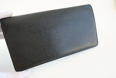 Authentic LOUIS VUITTON Taiga Portefeuille Brazza Black Biford Long Wallet #5115